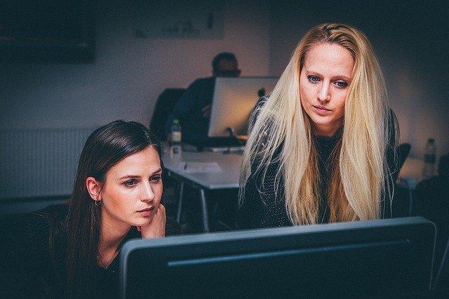 Wizerunek firmy w internecie. Jak ją budować i o nią dbać?